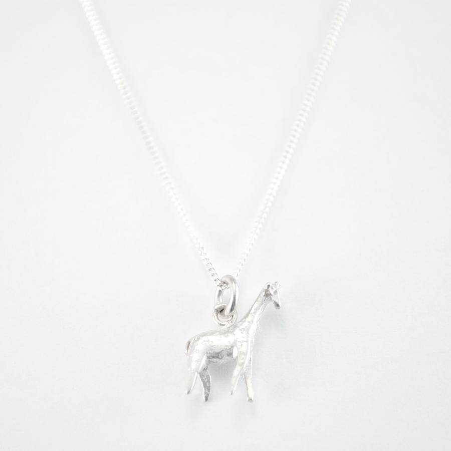 giraffe olaf en loading zoom necklace strauss necklaces design