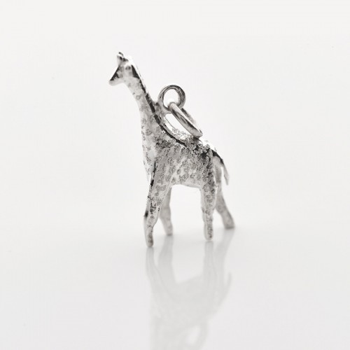 silver giraffe necklace